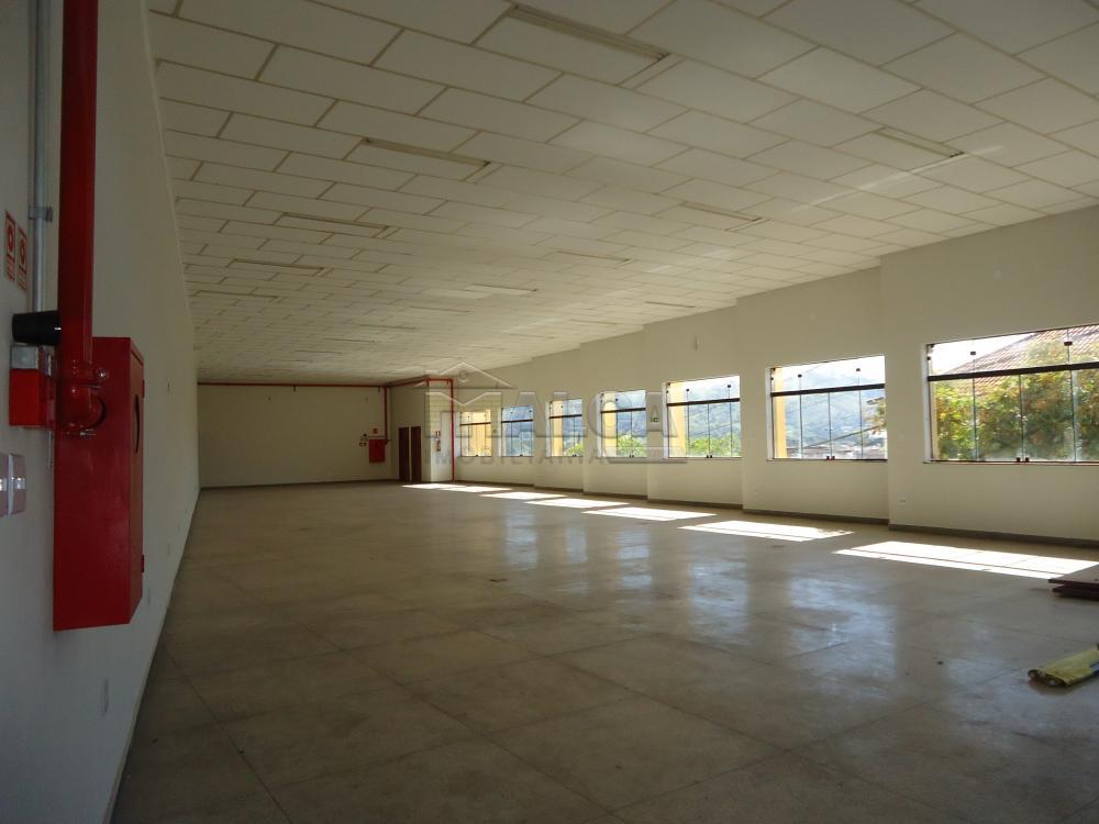 Alugar Comerciais / Salões em São José do Rio Pardo apenas R$ 4.700,00 - Foto 4