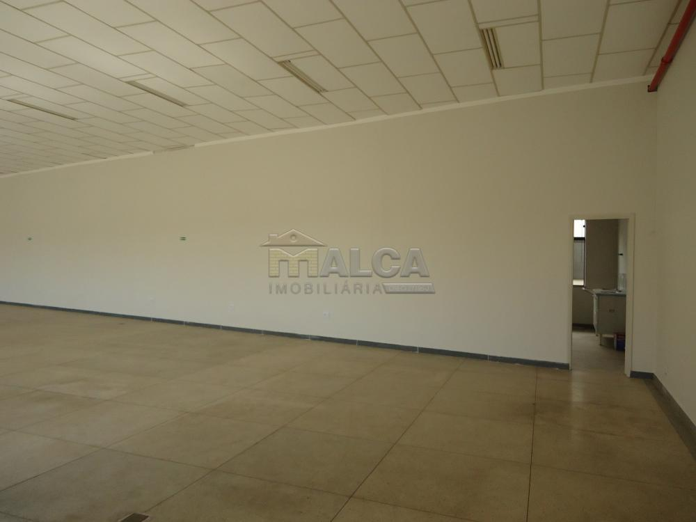 Alugar Comerciais / Salões em São José do Rio Pardo apenas R$ 4.700,00 - Foto 15