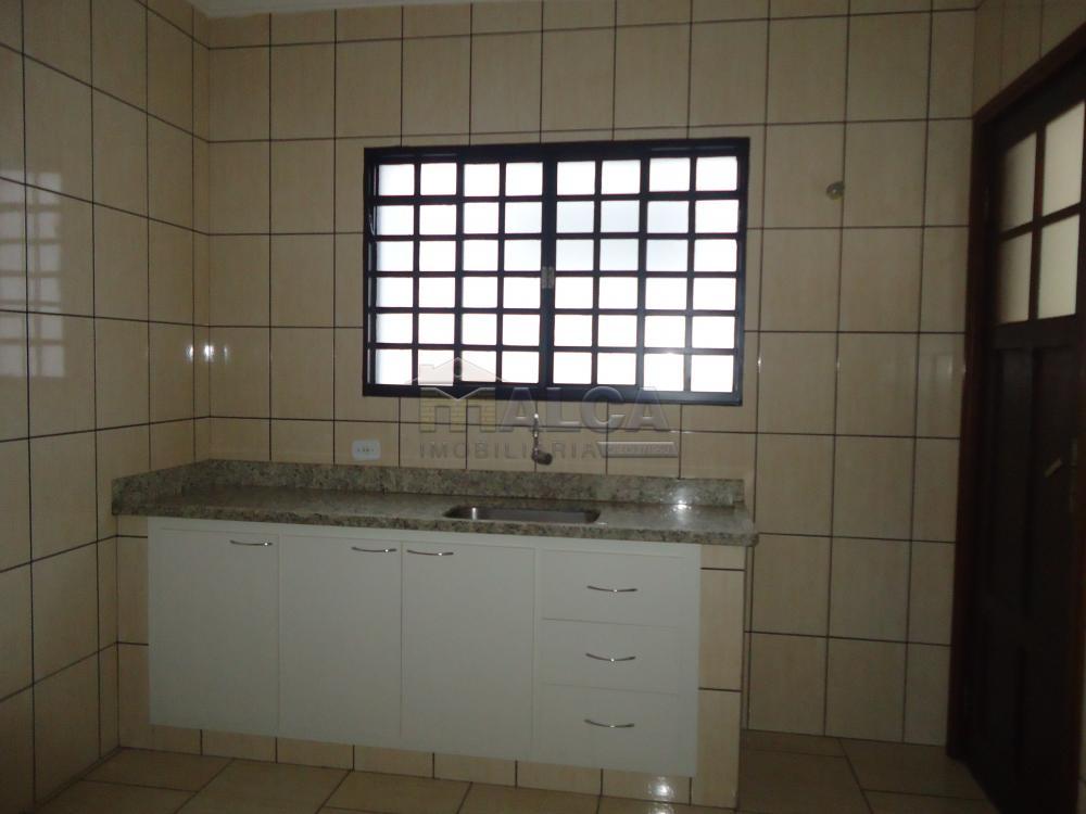 Alugar Casas / Padrão em São José do Rio Pardo R$ 1.700,00 - Foto 8