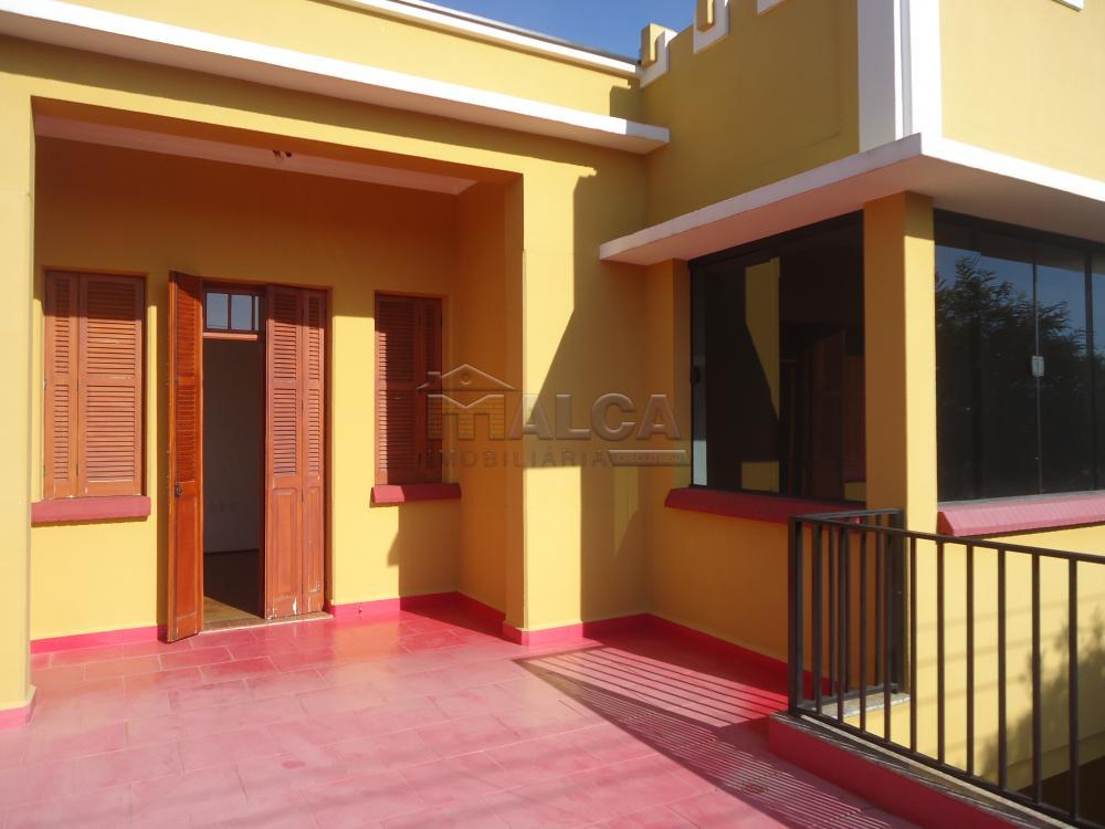 Alugar Casas / Padrão em São José do Rio Pardo R$ 1.700,00 - Foto 19