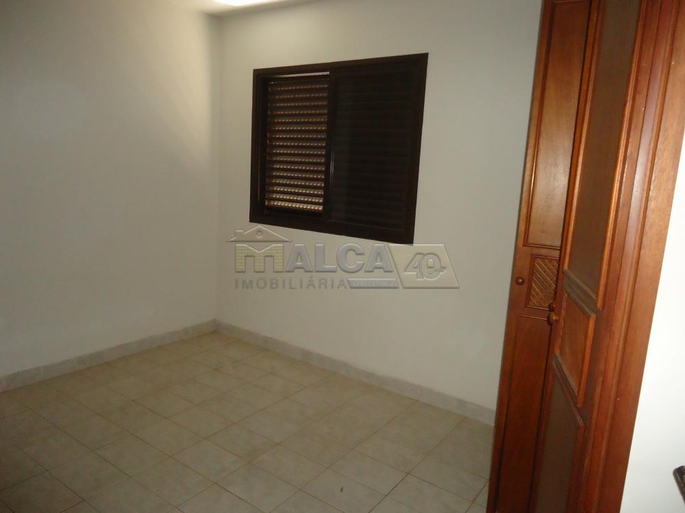 Alugar Apartamentos / Condomínio em São José do Rio Pardo R$ 900,00 - Foto 6