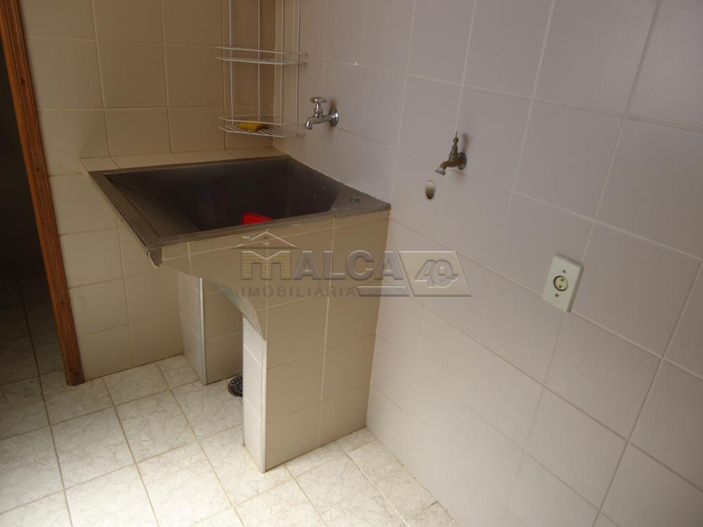 Alugar Apartamentos / Condomínio em São José do Rio Pardo R$ 900,00 - Foto 10