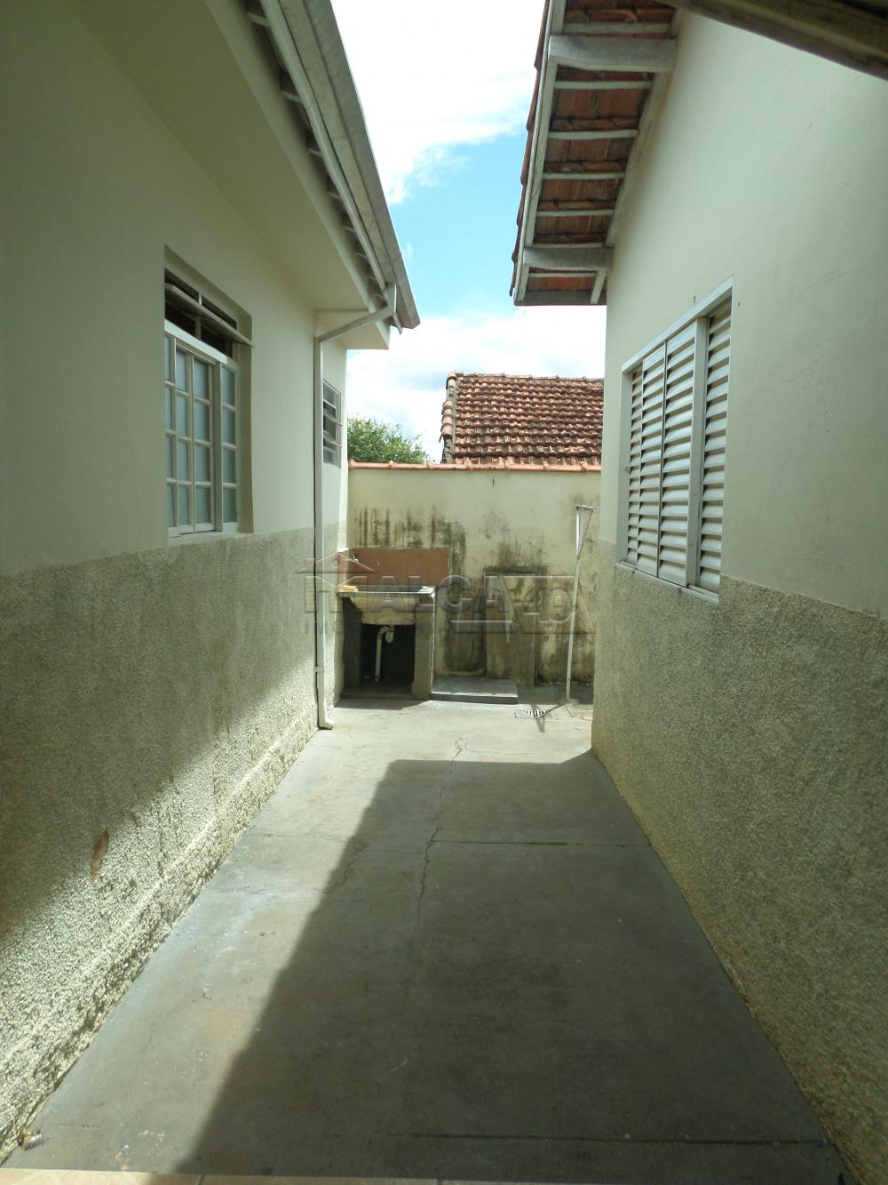 Alugar Casas / Padrão em São José do Rio Pardo apenas R$ 800,00 - Foto 9