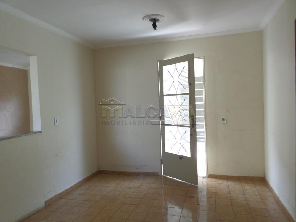 Alugar Casas / Padrão em São José do Rio Pardo apenas R$ 800,00 - Foto 7