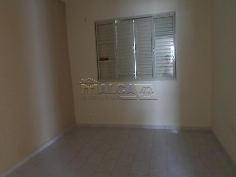 Alugar Casas / Padrão em São José do Rio Pardo apenas R$ 800,00 - Foto 4