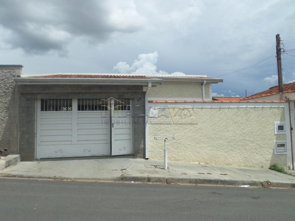 Alugar Casas / Padrão em São José do Rio Pardo apenas R$ 800,00 - Foto 1