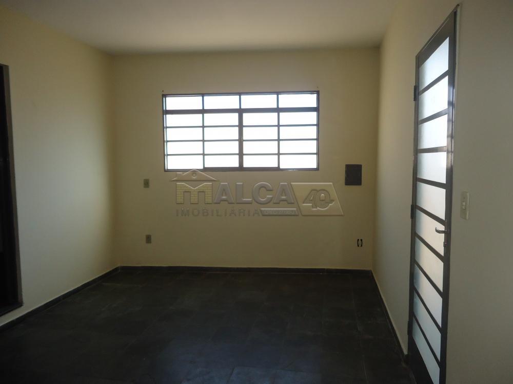 Alugar Casas / Padrão em São José do Rio Pardo R$ 800,00 - Foto 6