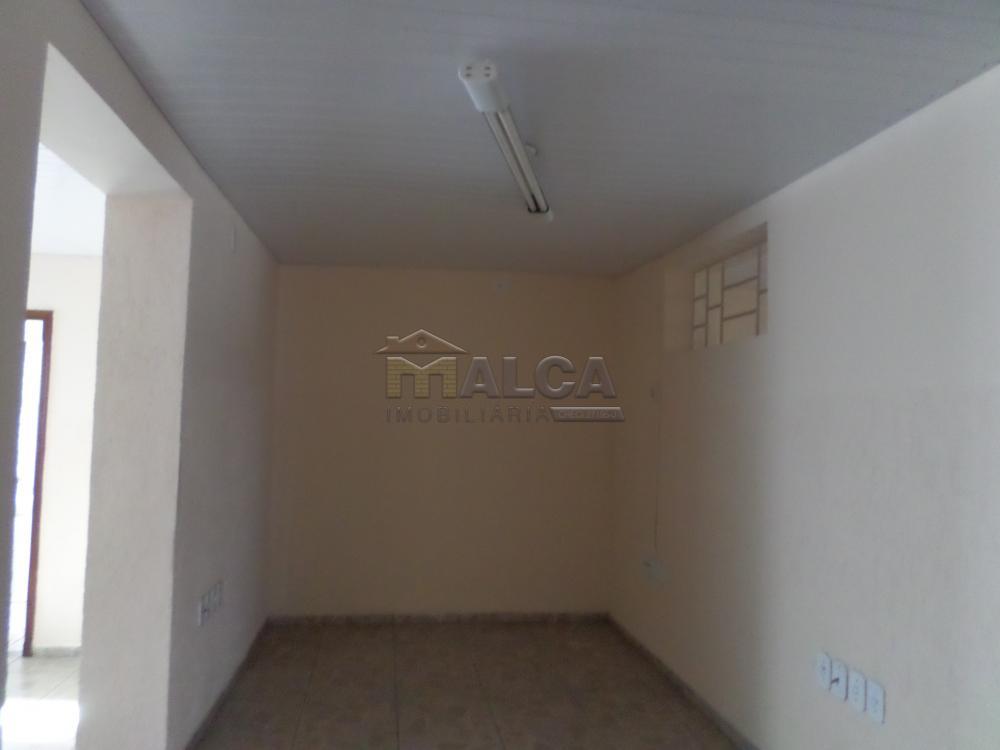 Alugar Comerciais / Salas em São José do Rio Pardo apenas R$ 2.500,00 - Foto 4