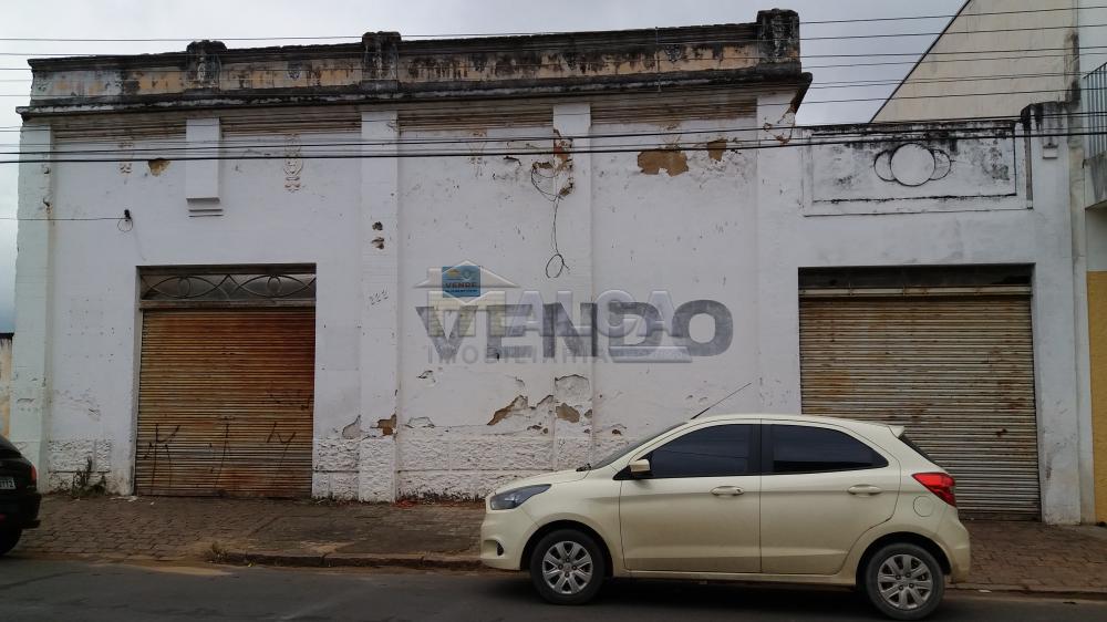 Frente R. Campos Salles