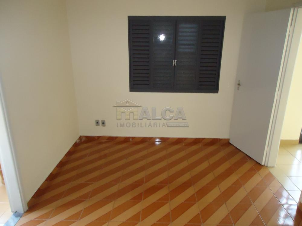Alugar Casas / Padrão em São José do Rio Pardo R$ 2.000,00 - Foto 21