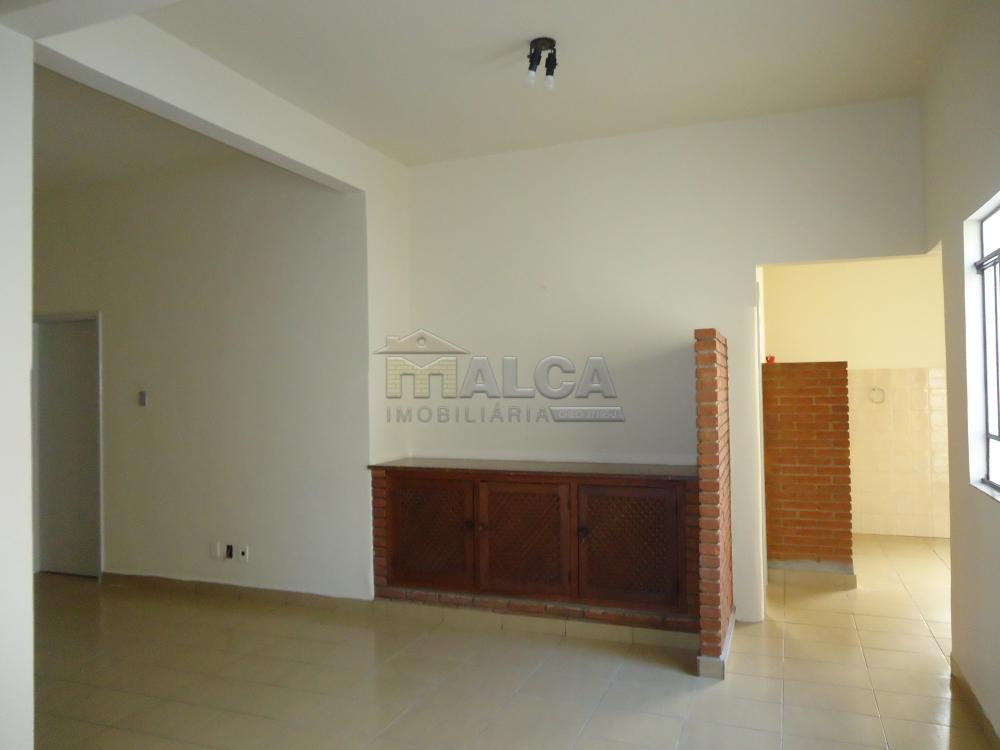 Alugar Casas / Padrão em São José do Rio Pardo R$ 2.000,00 - Foto 28