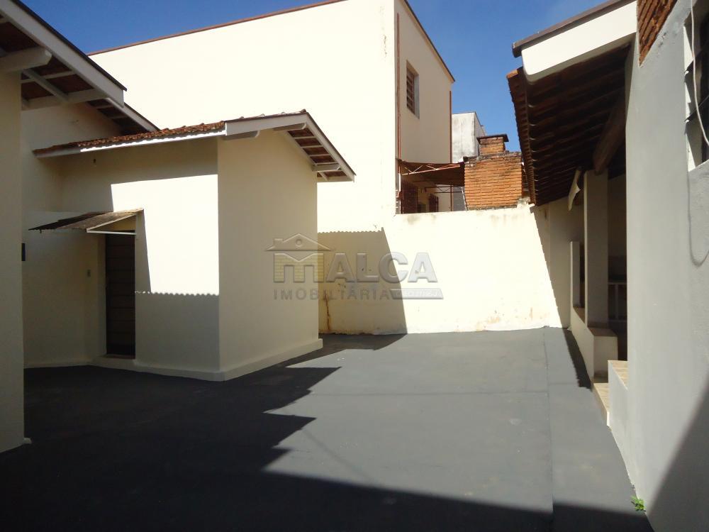 Alugar Casas / Padrão em São José do Rio Pardo R$ 2.000,00 - Foto 42