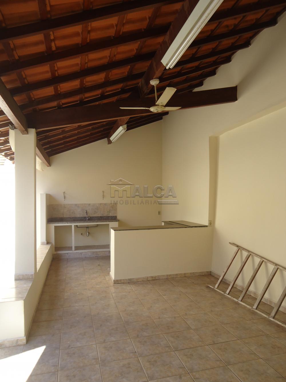 Alugar Casas / Padrão em São José do Rio Pardo R$ 2.000,00 - Foto 47