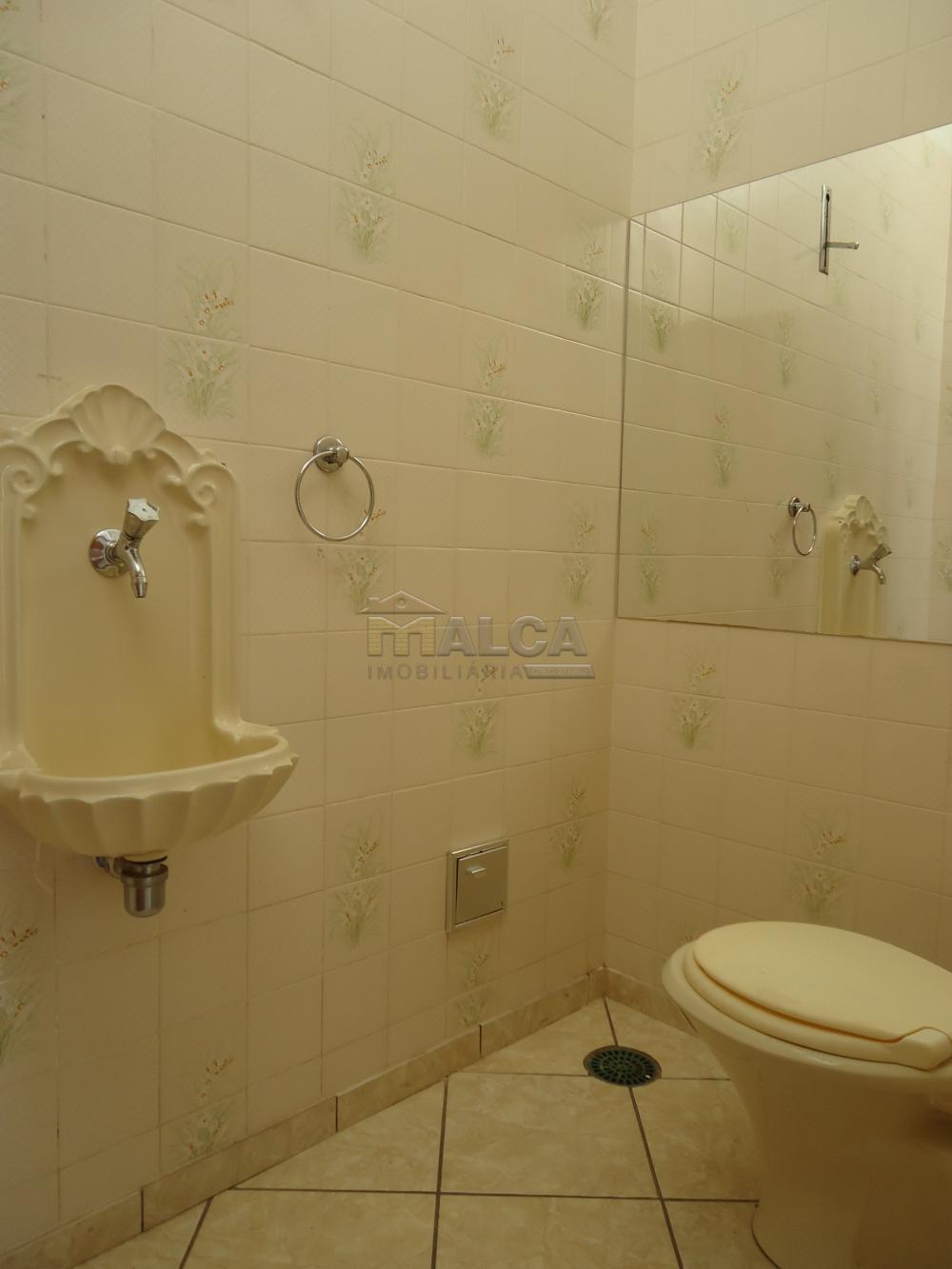 Alugar Casas / Padrão em São José do Rio Pardo R$ 1.300,00 - Foto 10