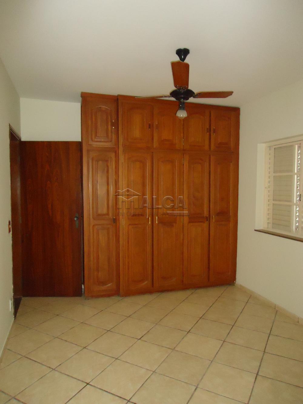Alugar Casas / Padrão em São José do Rio Pardo R$ 1.300,00 - Foto 20