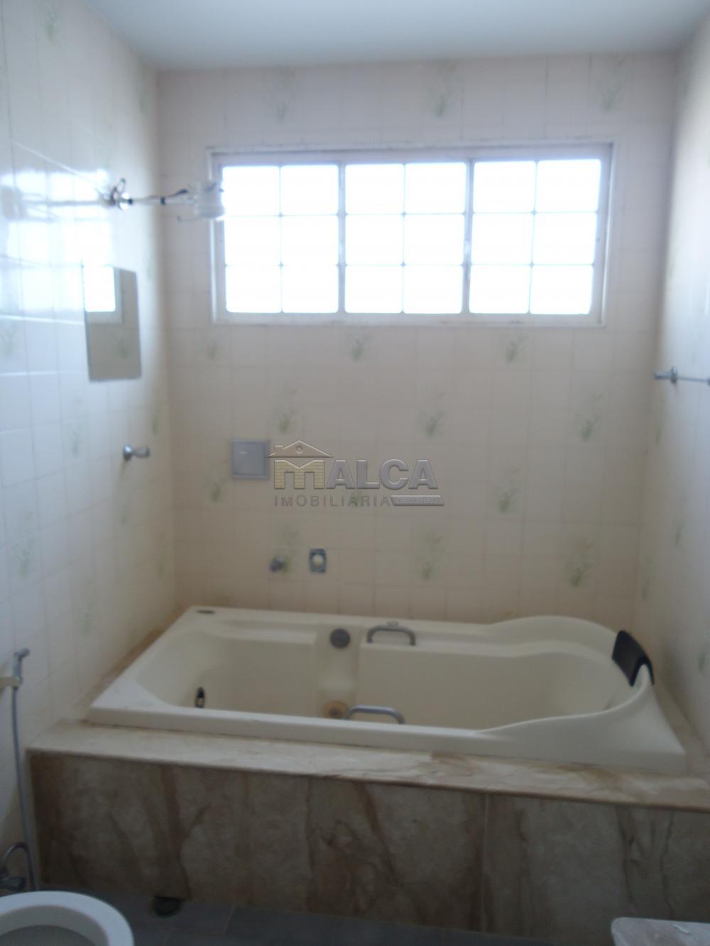 Alugar Casas / Padrão em São José do Rio Pardo R$ 1.300,00 - Foto 23