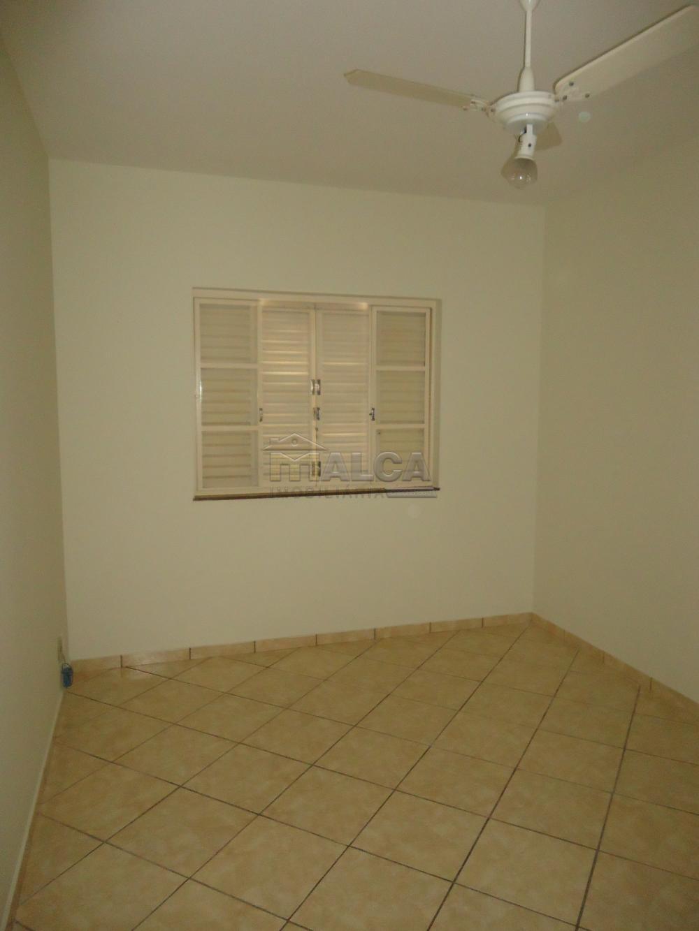 Alugar Casas / Padrão em São José do Rio Pardo R$ 1.300,00 - Foto 25