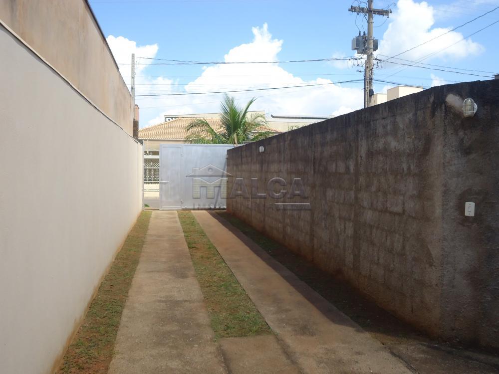 Comprar Apartamentos / Padrão em São José do Rio Pardo R$ 520.000,00 - Foto 3