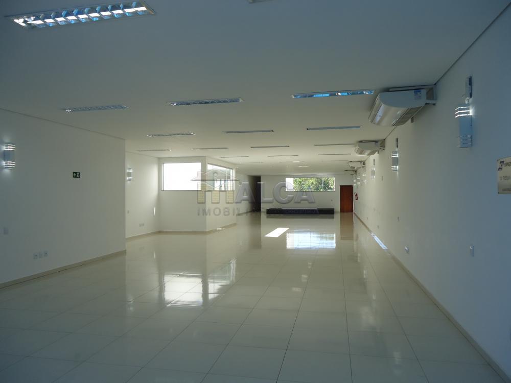 Alugar Comerciais / Salões em São José do Rio Pardo apenas R$ 7.800,00 - Foto 2