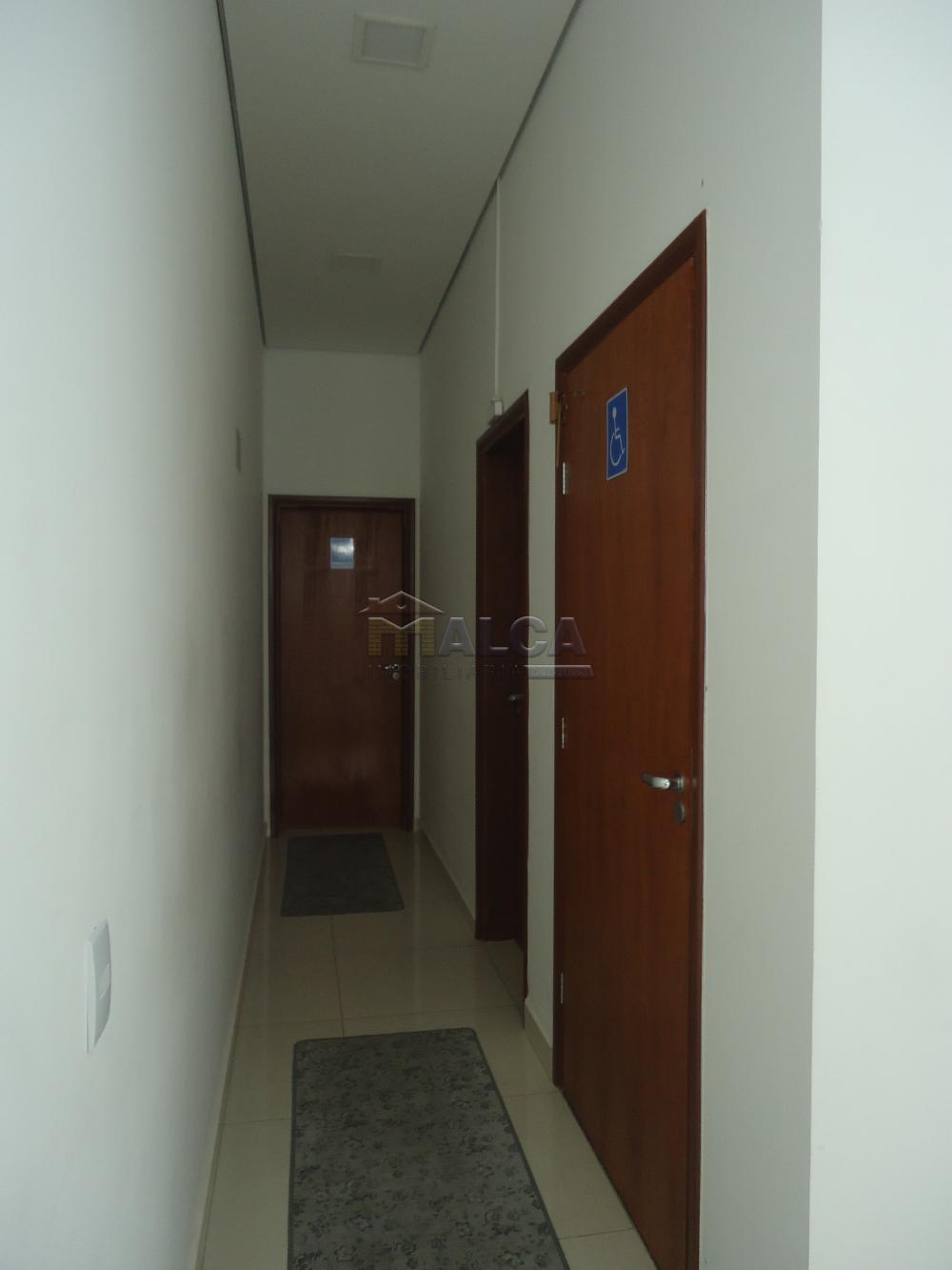 Alugar Comerciais / Salões em São José do Rio Pardo apenas R$ 7.800,00 - Foto 10