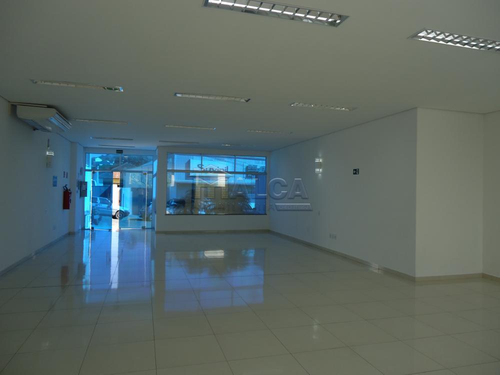 Alugar Comerciais / Salões em São José do Rio Pardo apenas R$ 7.800,00 - Foto 5