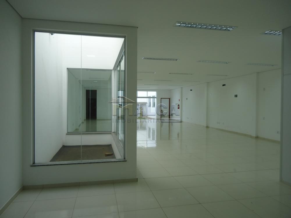 Alugar Comerciais / Salões em São José do Rio Pardo apenas R$ 7.800,00 - Foto 23