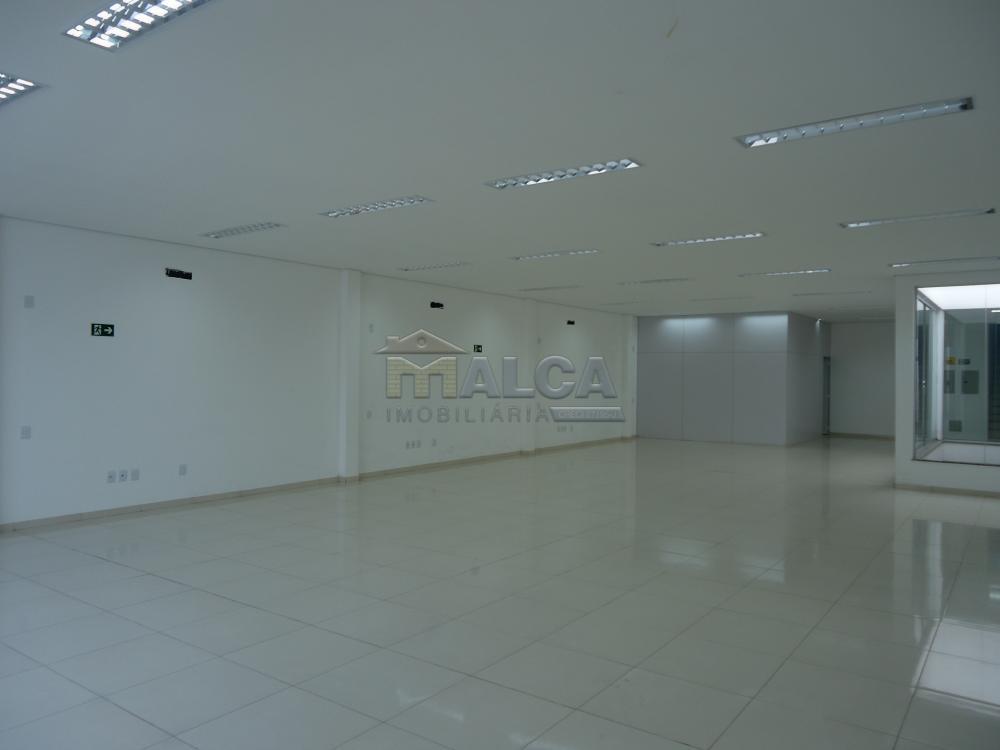 Alugar Comerciais / Salões em São José do Rio Pardo apenas R$ 7.800,00 - Foto 29