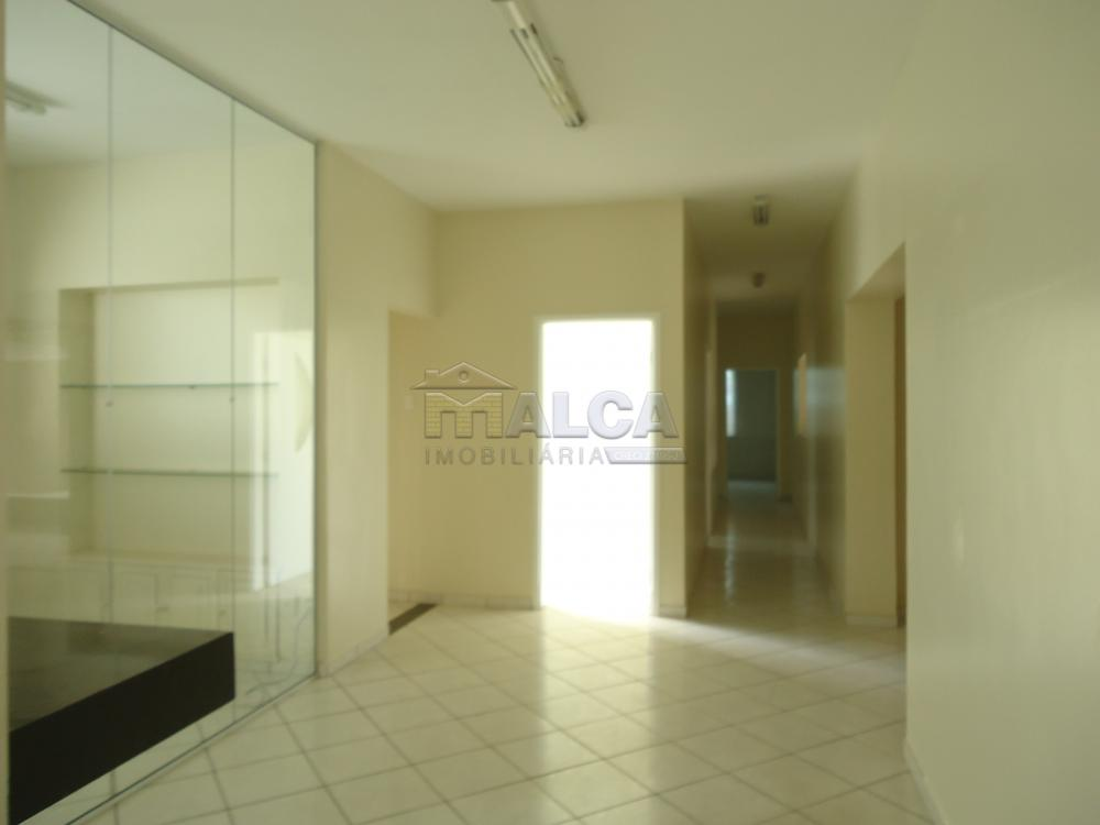 Alugar Comerciais / Salas em São José do Rio Pardo R$ 3.500,00 - Foto 12