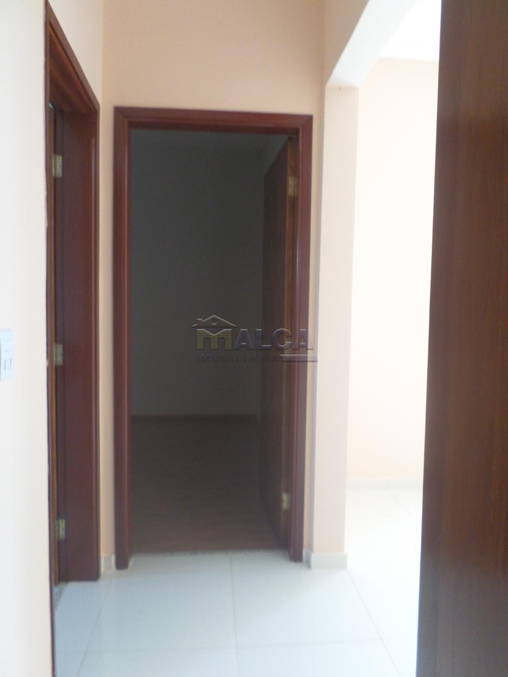 Alugar Apartamentos / Padrão em São José do Rio Pardo apenas R$ 1.230,00 - Foto 14