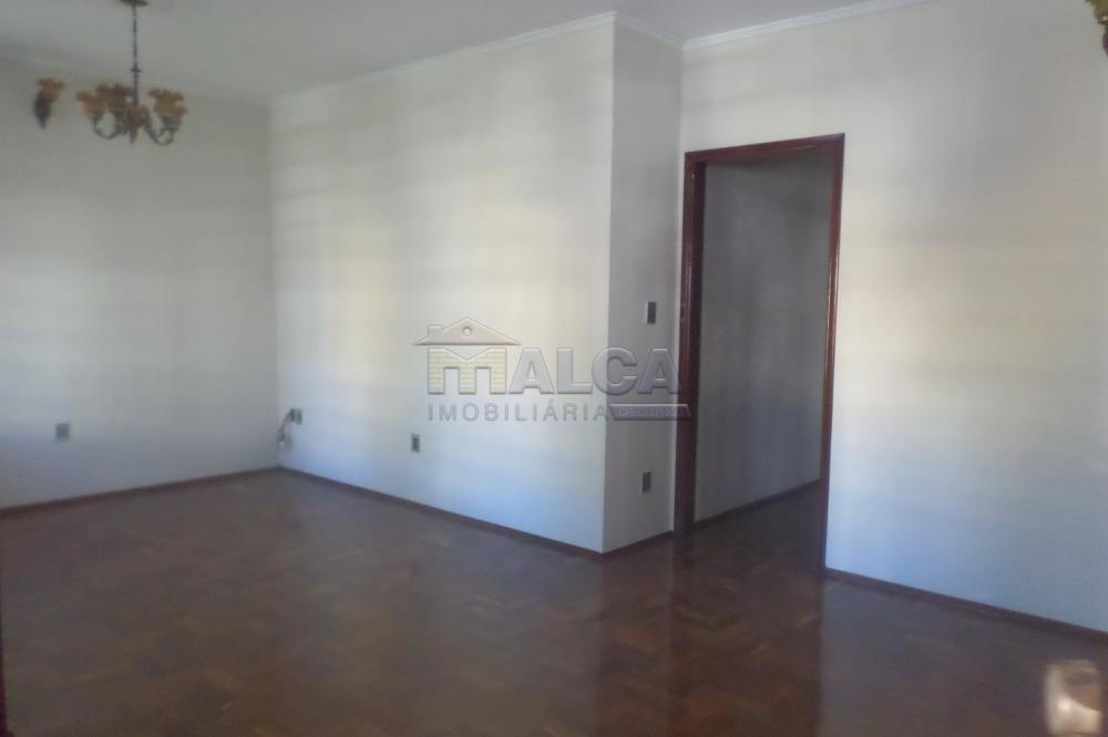 Alugar Casas / Padrão em São José do Rio Pardo apenas R$ 2.900,00 - Foto 5
