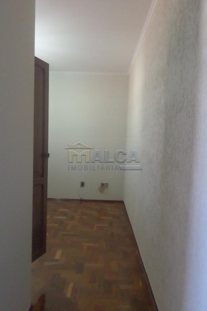 Alugar Casas / Padrão em São José do Rio Pardo apenas R$ 2.900,00 - Foto 13
