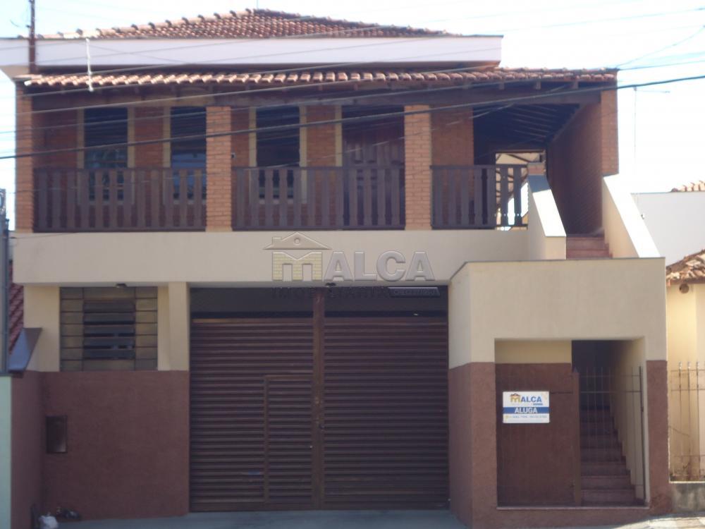 Alugar Casas / Padrão em São José do Rio Pardo apenas R$ 2.900,00 - Foto 1