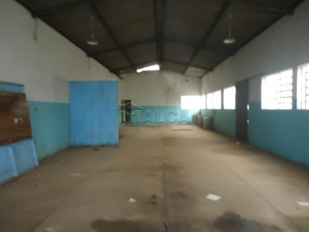 Alugar Comerciais / Barracões em São José do Rio Pardo apenas R$ 1.700,00 - Foto 8