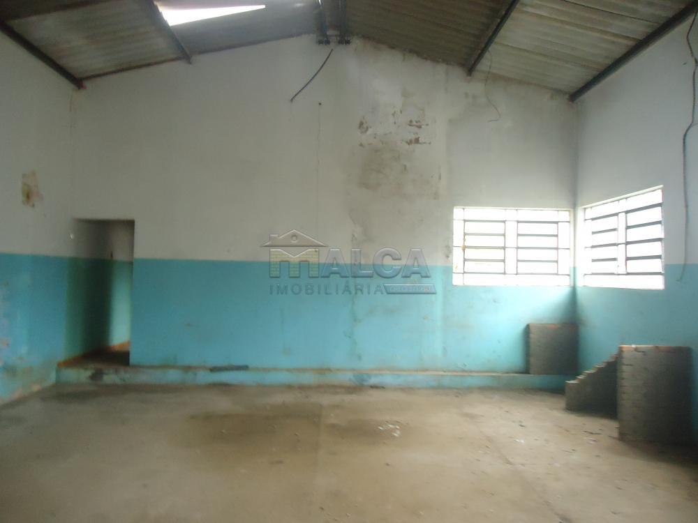 Alugar Comerciais / Barracões em São José do Rio Pardo apenas R$ 1.700,00 - Foto 9