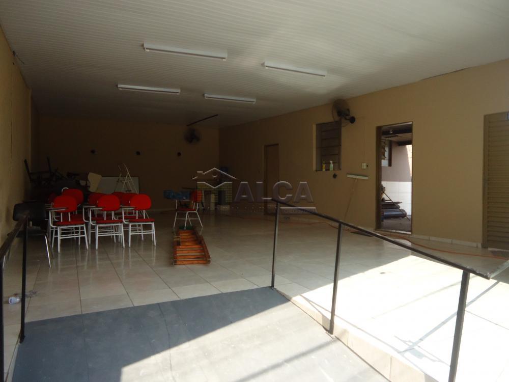 Alugar Comerciais / Barracões em São José do Rio Pardo apenas R$ 1.000,00 - Foto 2