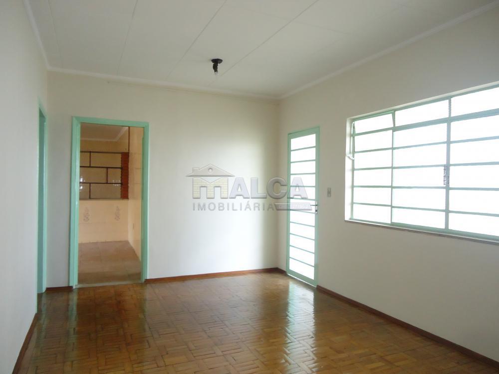 Alugar Casas / Padrão em São José do Rio Pardo R$ 1.120,00 - Foto 7