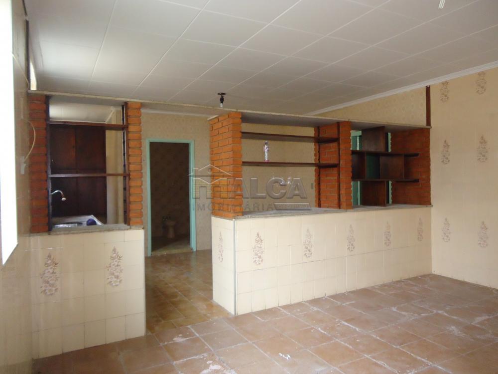 Alugar Casas / Padrão em São José do Rio Pardo R$ 1.120,00 - Foto 17