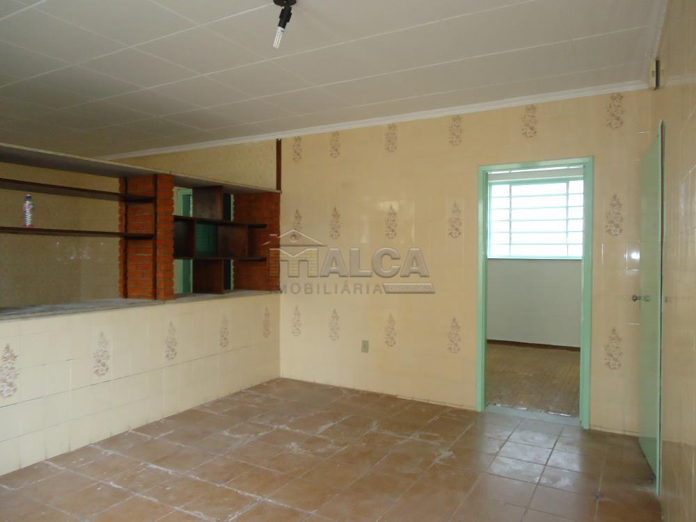 Alugar Casas / Padrão em São José do Rio Pardo R$ 1.120,00 - Foto 18