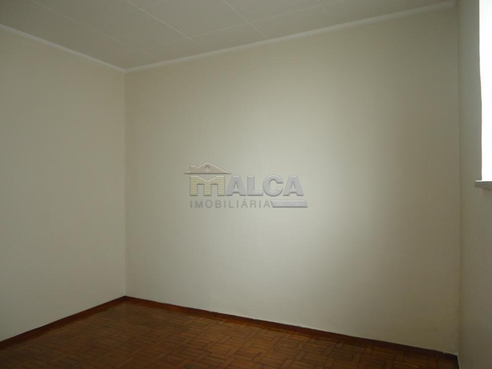 Alugar Casas / Padrão em São José do Rio Pardo R$ 1.120,00 - Foto 14