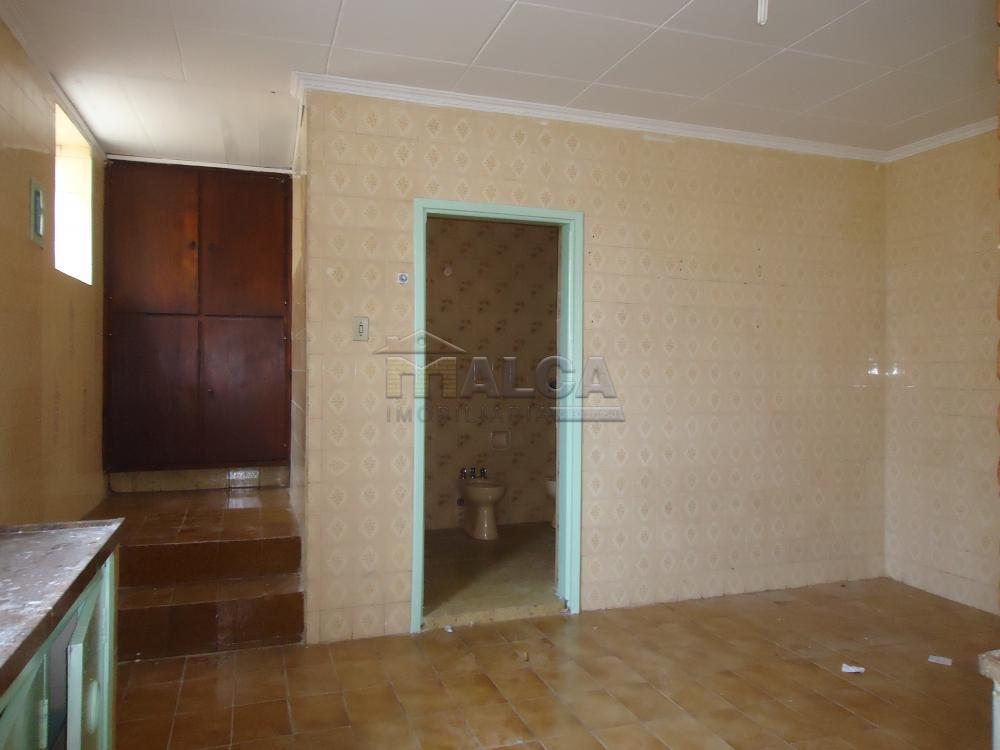 Alugar Casas / Padrão em São José do Rio Pardo R$ 1.120,00 - Foto 21