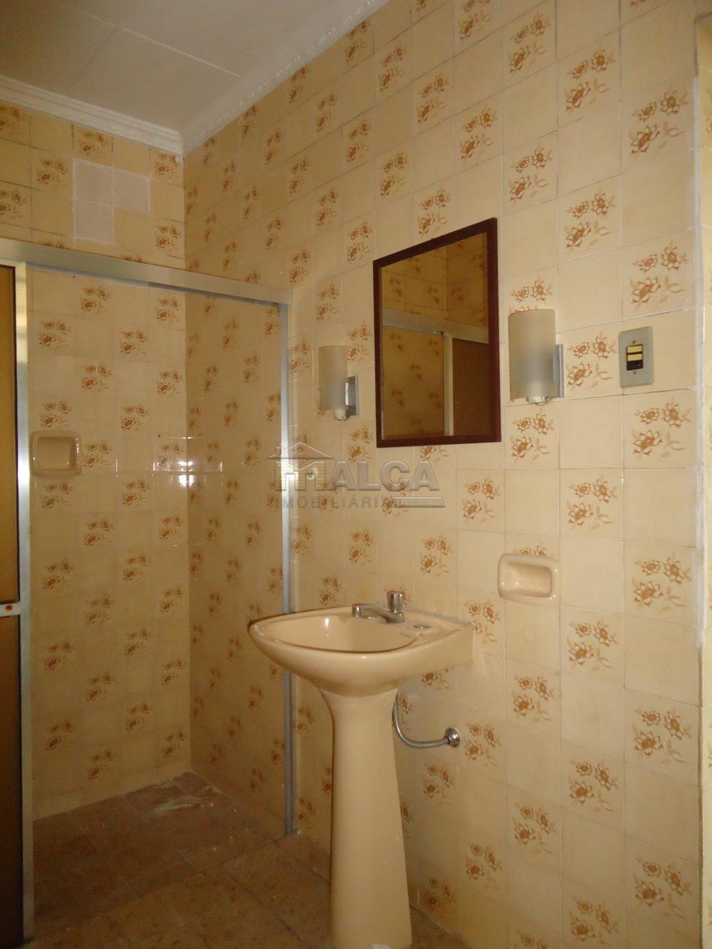 Alugar Casas / Padrão em São José do Rio Pardo R$ 1.120,00 - Foto 27