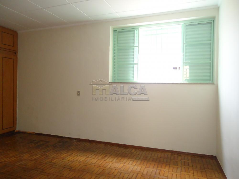 Alugar Casas / Padrão em São José do Rio Pardo R$ 1.120,00 - Foto 29