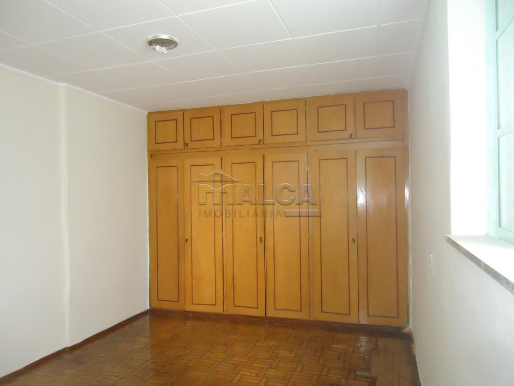 Alugar Casas / Padrão em São José do Rio Pardo R$ 1.120,00 - Foto 30