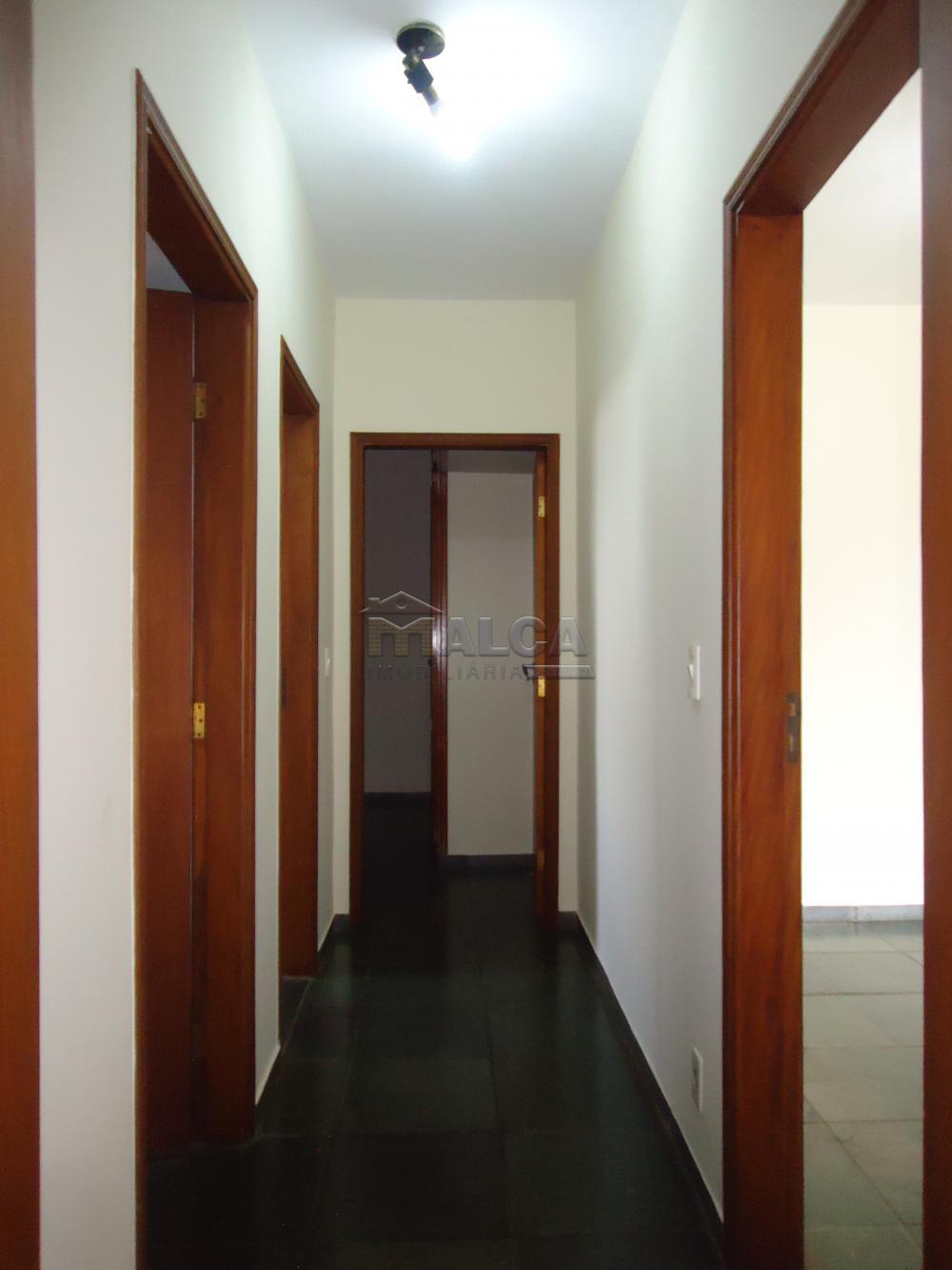 Alugar Apartamentos / Condomínio em São José do Rio Pardo apenas R$ 650,00 - Foto 11