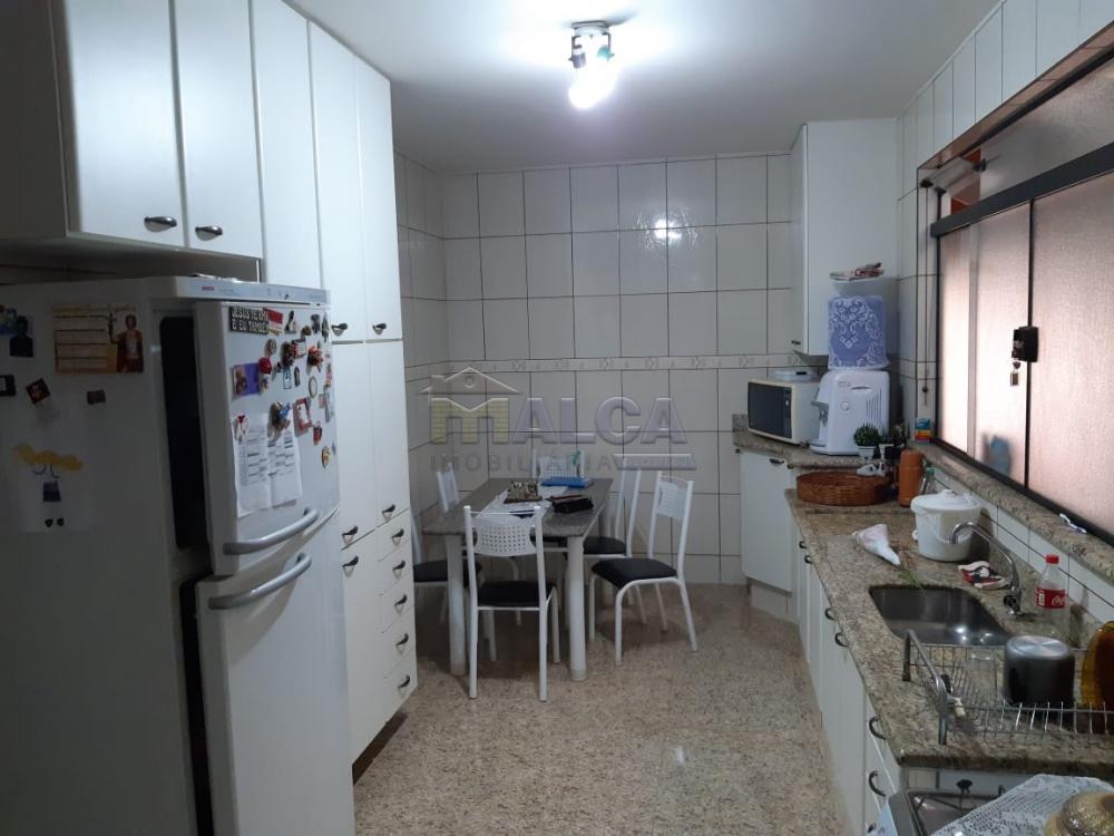 Alugar Casas / Padrão em São José do Rio Pardo R$ 1.650,00 - Foto 17