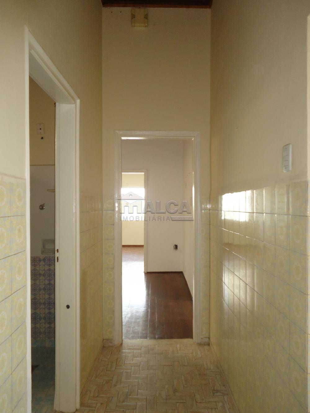 Alugar Casas / Padrão em São José do Rio Pardo R$ 1.700,00 - Foto 20