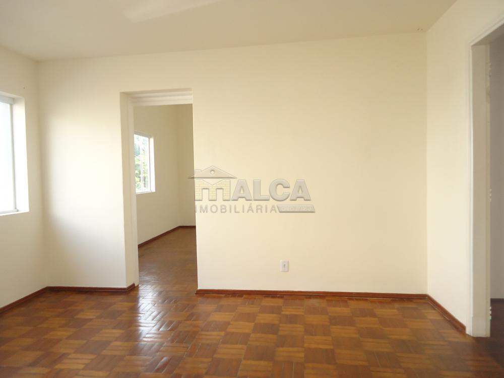 Alugar Casas / Padrão em São José do Rio Pardo R$ 1.700,00 - Foto 6