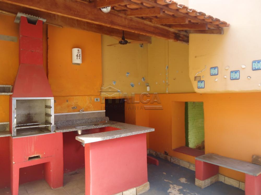 Alugar Casas / Padrão em São José do Rio Pardo R$ 1.700,00 - Foto 38