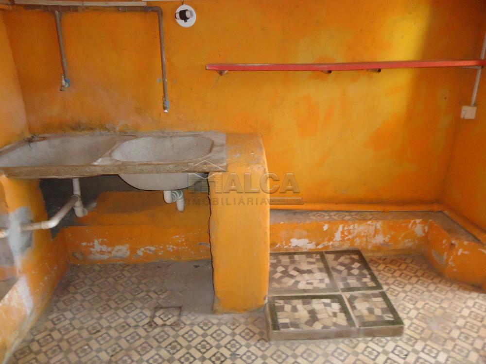 Alugar Casas / Padrão em São José do Rio Pardo R$ 1.700,00 - Foto 54