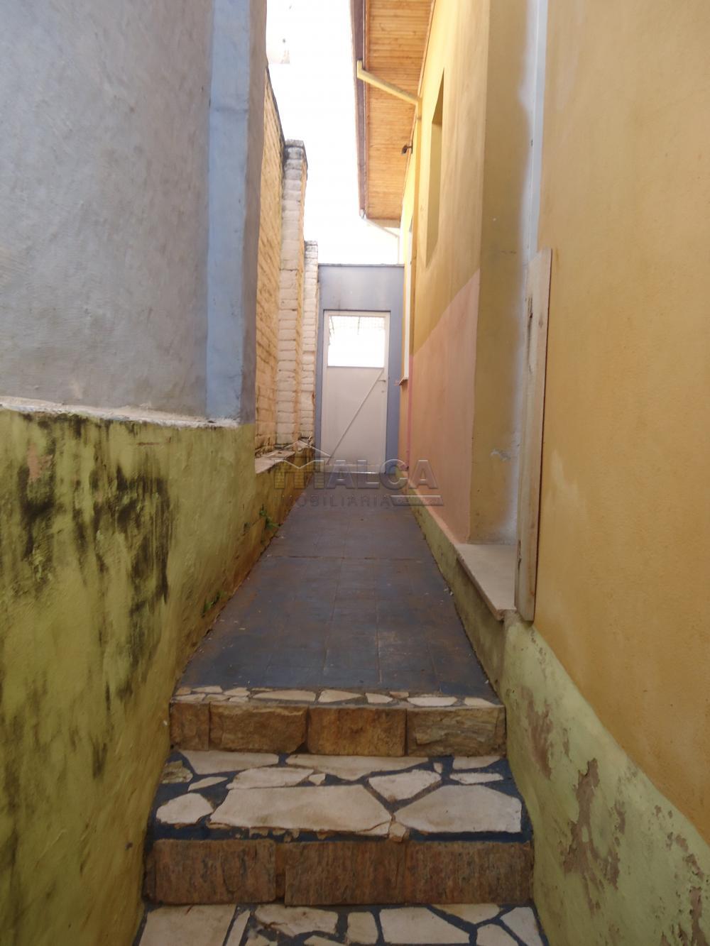 Alugar Casas / Padrão em São José do Rio Pardo R$ 1.700,00 - Foto 36